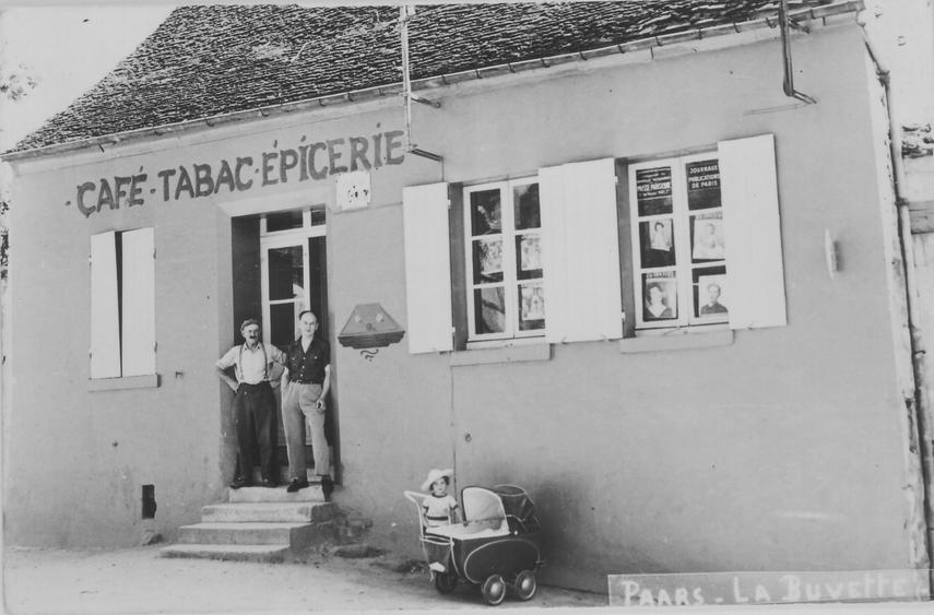 Café-Tabac-Epicerie à Paars